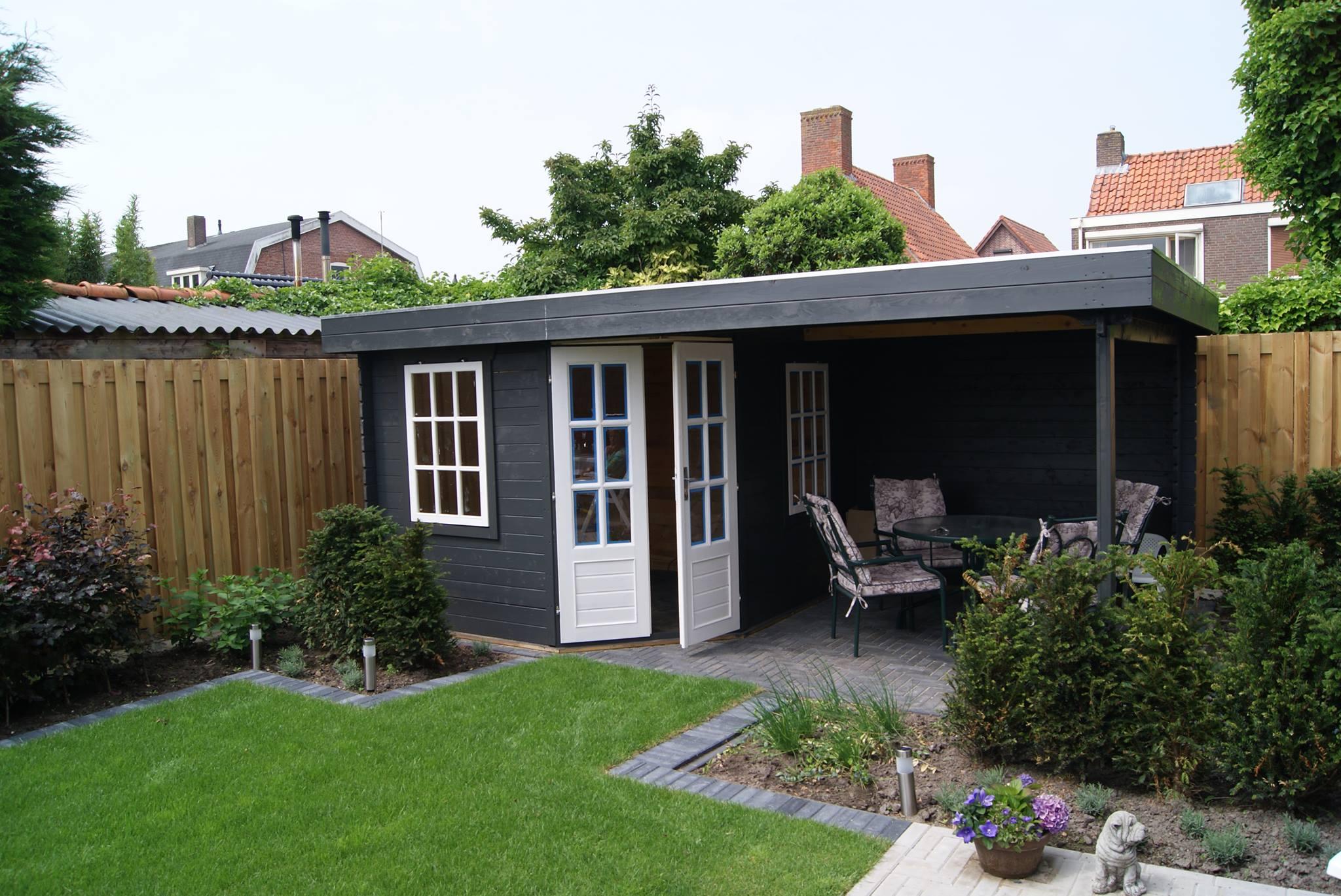 Bouw tuinhuis met overkapping JVM Tuinen